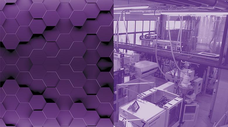 Fioletowy boks przedstawiający hale produkcyjną