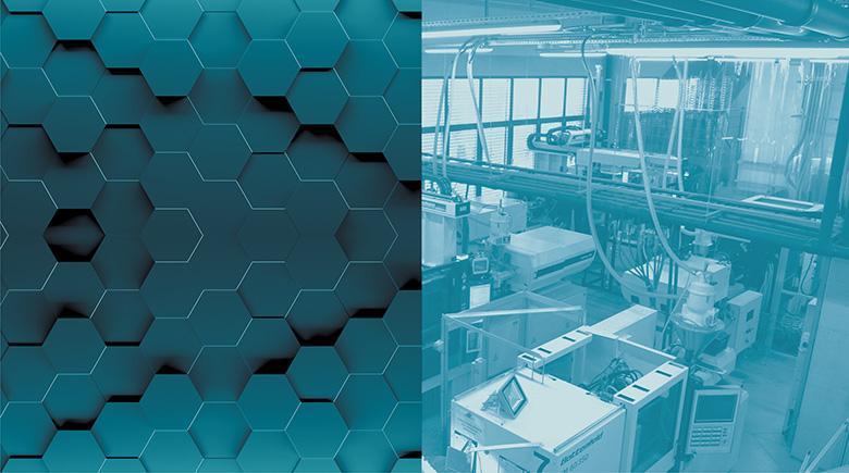 Niebieski boks przedstawiający hale produkcyjną